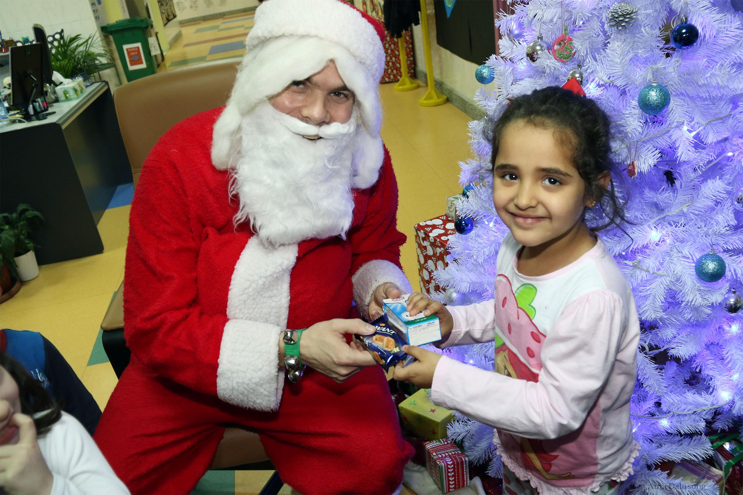 Santa in KG 18-19 c